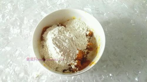 小黄人豆沙包的做法