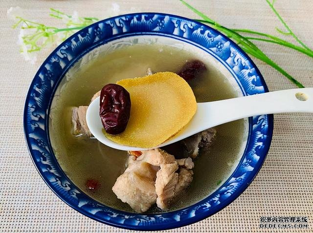 进入秋季,推荐7道好喝的汤,有荤有素,有甜有