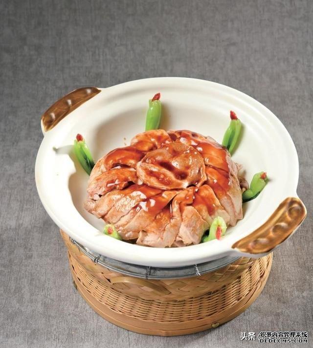 中国徽菜大师许启东作品展示,酱香猪肚和火