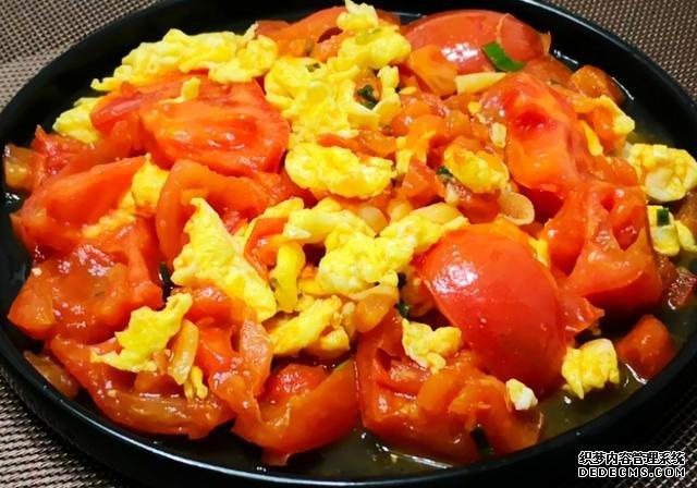 """堪比""""喝油""""的4道家常菜,热量是肥肉的5倍,大"""