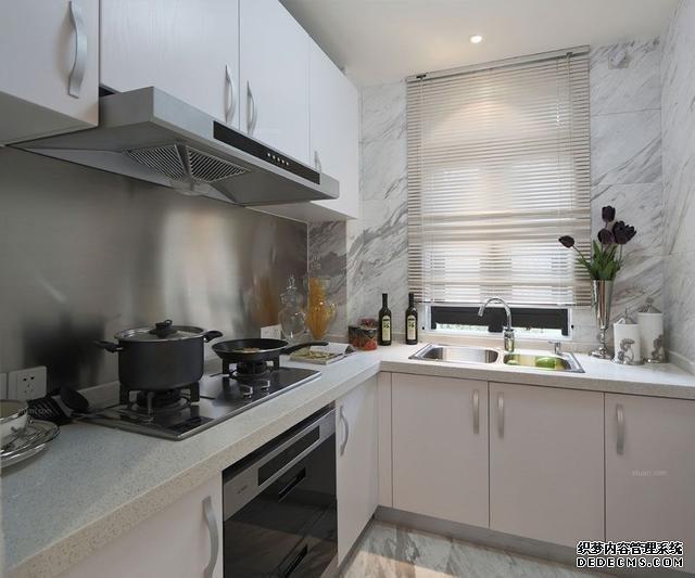 幸亏设计师及时提醒,厨房装修做对这10点,入住