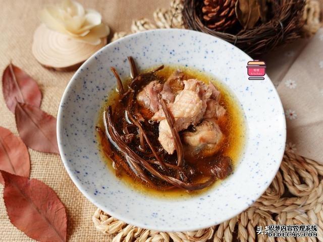 秋天天渐冷,多给家人做这5种汤,营养滋润味道